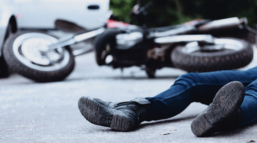 RHE recovers $552,000 for 34 year old father and general contractor after suffering leg fractures when the Defendant struck him on his motorcycle.